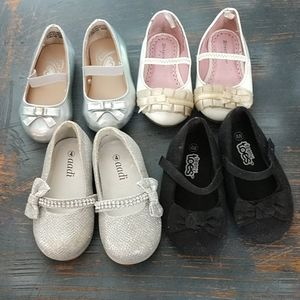 Lot of 4 girls dress shoes size 4 toddler